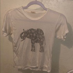 BRANDY MELVILLE BARELY WORN GRAPHIC TEE